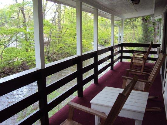 Five Star Inn: Enjoy your Own Personal Balcony