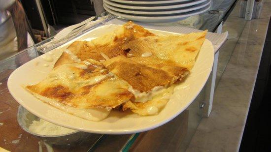 Pizzeria Del Ponte: Eccola... buon appetito .....