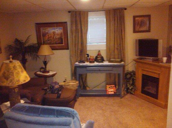 Fibber MaGee's Riverfront Inn: Room 4