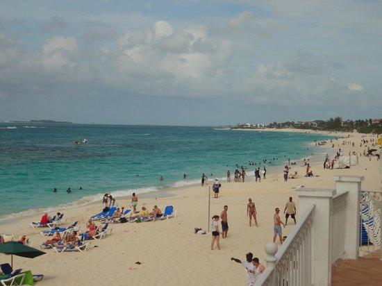 Hotel Riu Palace Paradise Island: Riu Paradise Beach