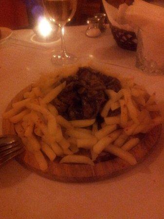 Tasca Restaurante Me Gusta: puntas de solomillo, indispensables!!!