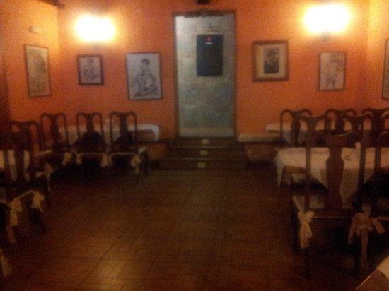 Tasca Restaurante Me Gusta: salon principal