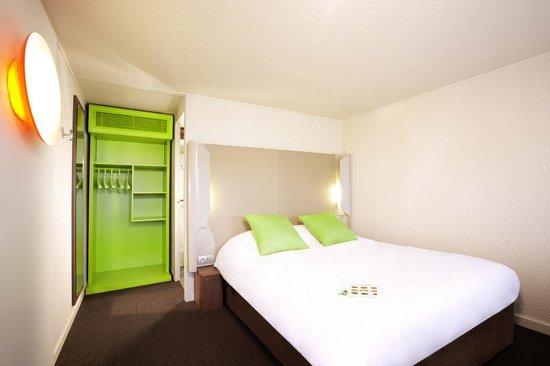 Campanile Bourg En Bresse - Viriat : Chambre grand lit 1ou2 personnes rénovée