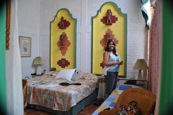 Villa Eucaliptos B & B: High ceilings and big bathrooms