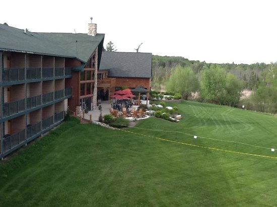 Crooked River Lodge: Balcony view