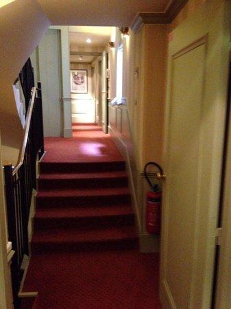 Henri IV Rive Gauche Hotel: Quelques marches à monter