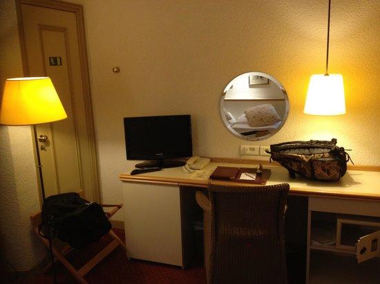 Henri IV Rive Gauche Hotel: Sortie de secours