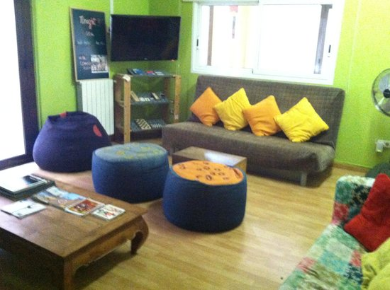 Itaca Hostel: common area at Itaca