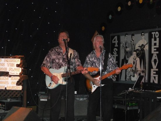 Legends 60s Live Music & Sports Bar