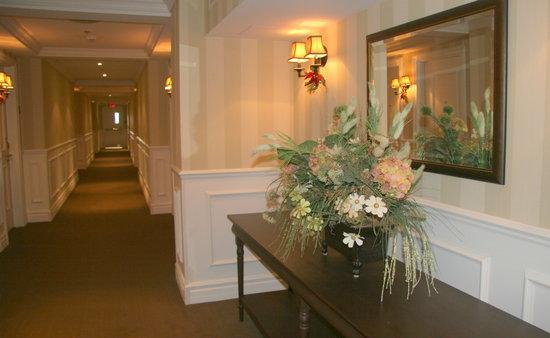 Le St Martin Bromont: corridor étage