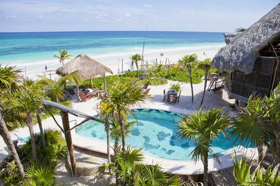 Suenos Tulum: Pool and Beach