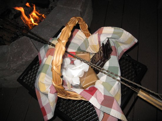 Ocean House Bed and Breakfast: S'mores Package