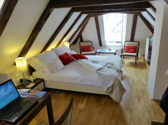 Domus Balthasar Design Hotel: Chambre mansardée
