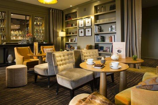 Hotel Ermitage - Evian Resort: Restaurant La Bibliothèque