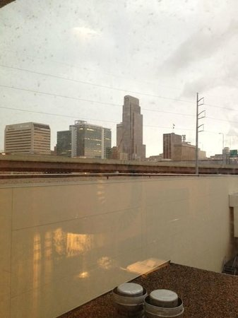 Hilton Omaha: An otherwise decent view obstructed by the hotel roof.
