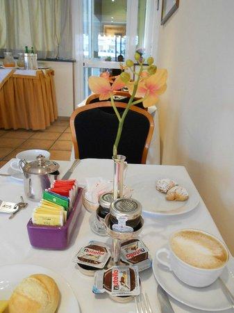 Palazzo Turchini : colazione 3