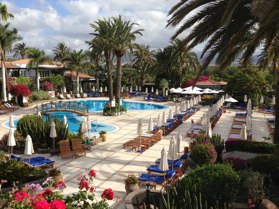 Seaside Grand Hotel Residencia: Immaculate Pool Area