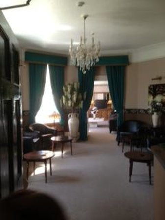 Somerton Lodge Hotel: the two lounges