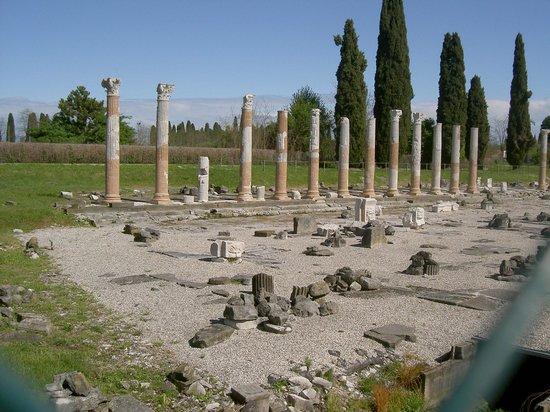 Aquileia, إيطاليا: Foro Romano