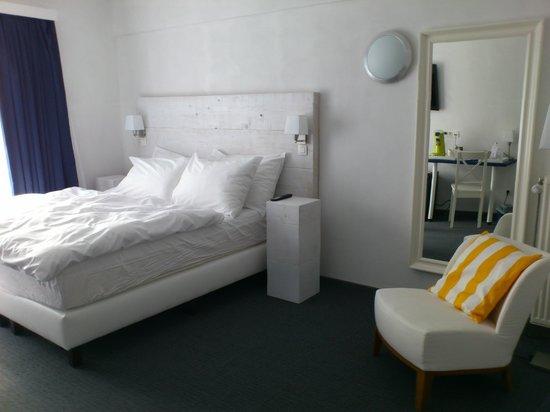 Avenue Beach Hotel: La chambre