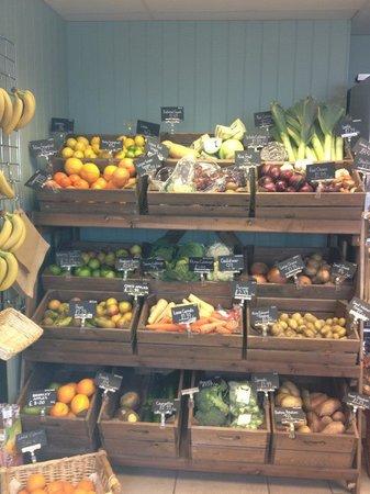 Johns of Instow: Fresh fruit & veg
