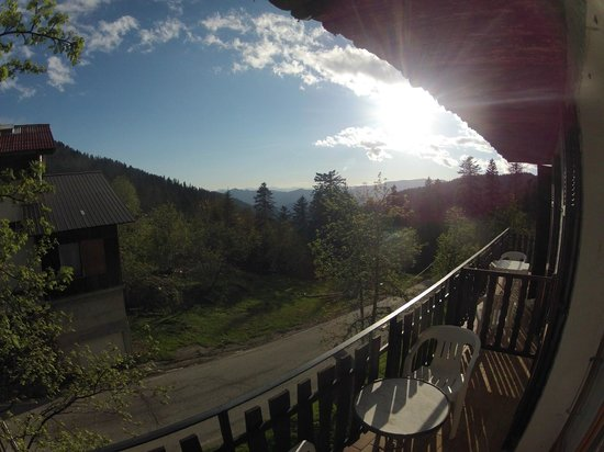 Hotel Les Chamois: Blick vom Balkon von Zimmer 2