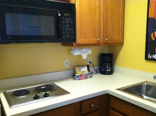 Residence Inn Houston Downtown/Convention Center: Kitchen (3)