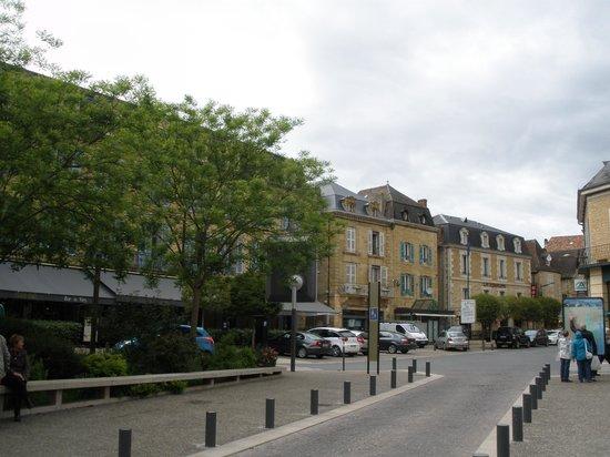 Hôtel Les Remparts: l'hotel