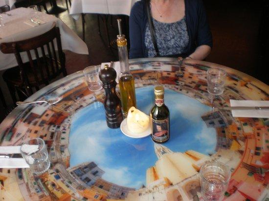 Trattoria Caprese Amsterdam : What a fantastic table!
