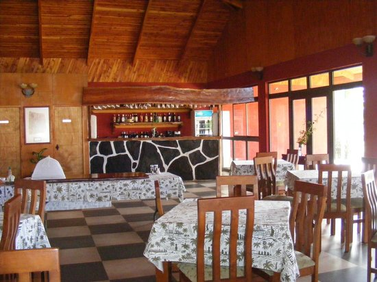 Hotel Puku Vai: The main dining area
