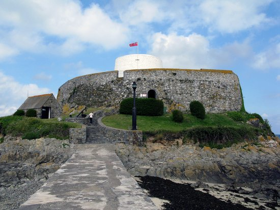 Fort Grey Shipwreck Museum: Fort Grey