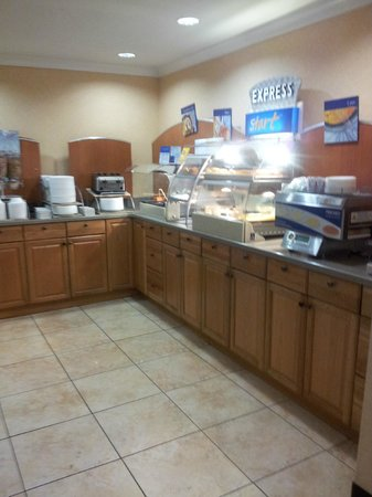 Best Western Plus La Mesa San Diego: Breakfast Area