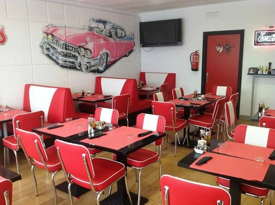 La sala picture of frankies alicante tripadvisor for Sala 8 y medio alicante