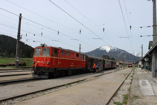 Mariazell, Österrike: Train