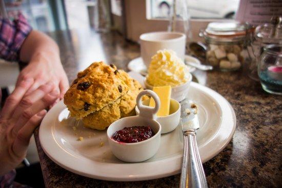 Cafe Latte : Cream tea!