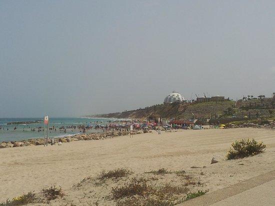 Holiday Inn Ashkelon: The beach