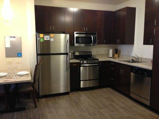 حياة هاوس مينوت: Full Kitchen in our 1 and 2 BR rooms!