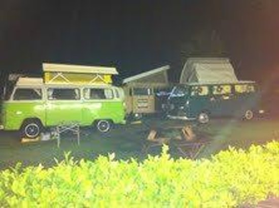 Sextons Caravan and Camping Park: Vws relaxing!!!!