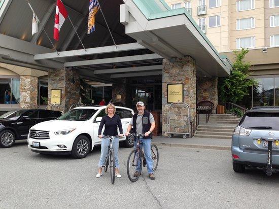 Fairmont Chateau Whistler Resort: bikes at Whistler