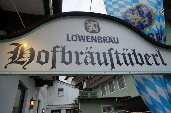 Hofbräustüberl: Restaurant sign