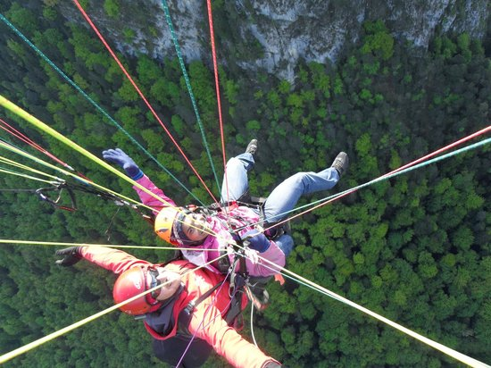 Swiss Paragliding: Up up and awayyyyyyy :) :)