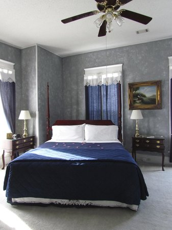 Americus Garden Inn Bed & Breakfast: Jacuzzi room