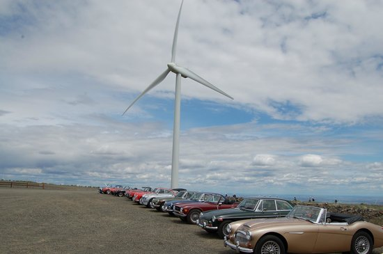 Wild Horse Renewable Energy Center: British Car Club stops by Wild Horse