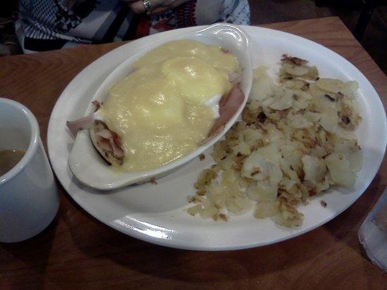 Joe's Diner: Eggs Benedict