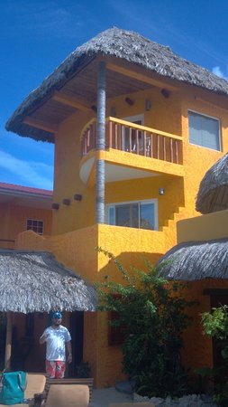 Seaside Cabanas: Photo of Room 18 from the pool area.