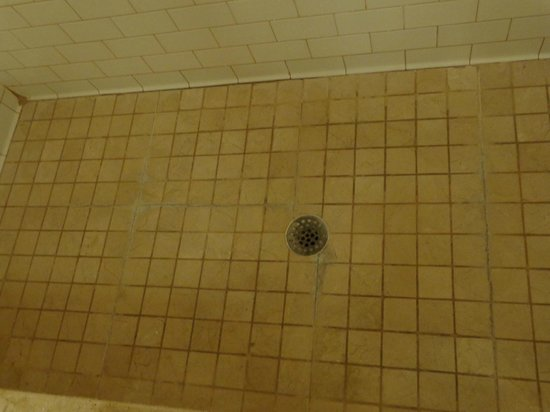 Wentworth Mansion: Shower floor in need of repairs