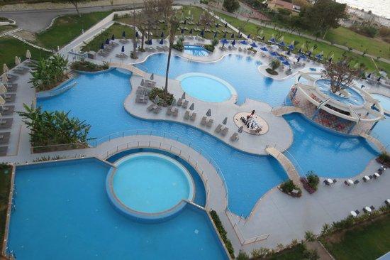 Atrium Platinum Hotel: Pools