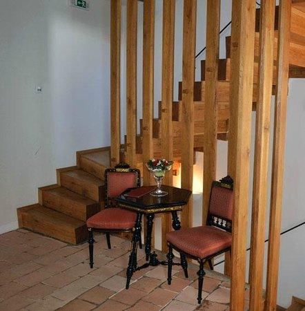 Hotel U Zeleneho hroznu (Hotel At the Green Grape) : Hallway outside room