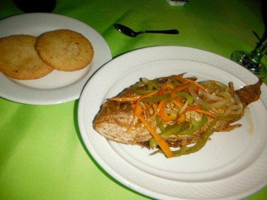Rondel Village: fresh fish for dinner !