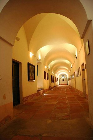 San Lorenzo, Argentyna: pasillos del interior del museo